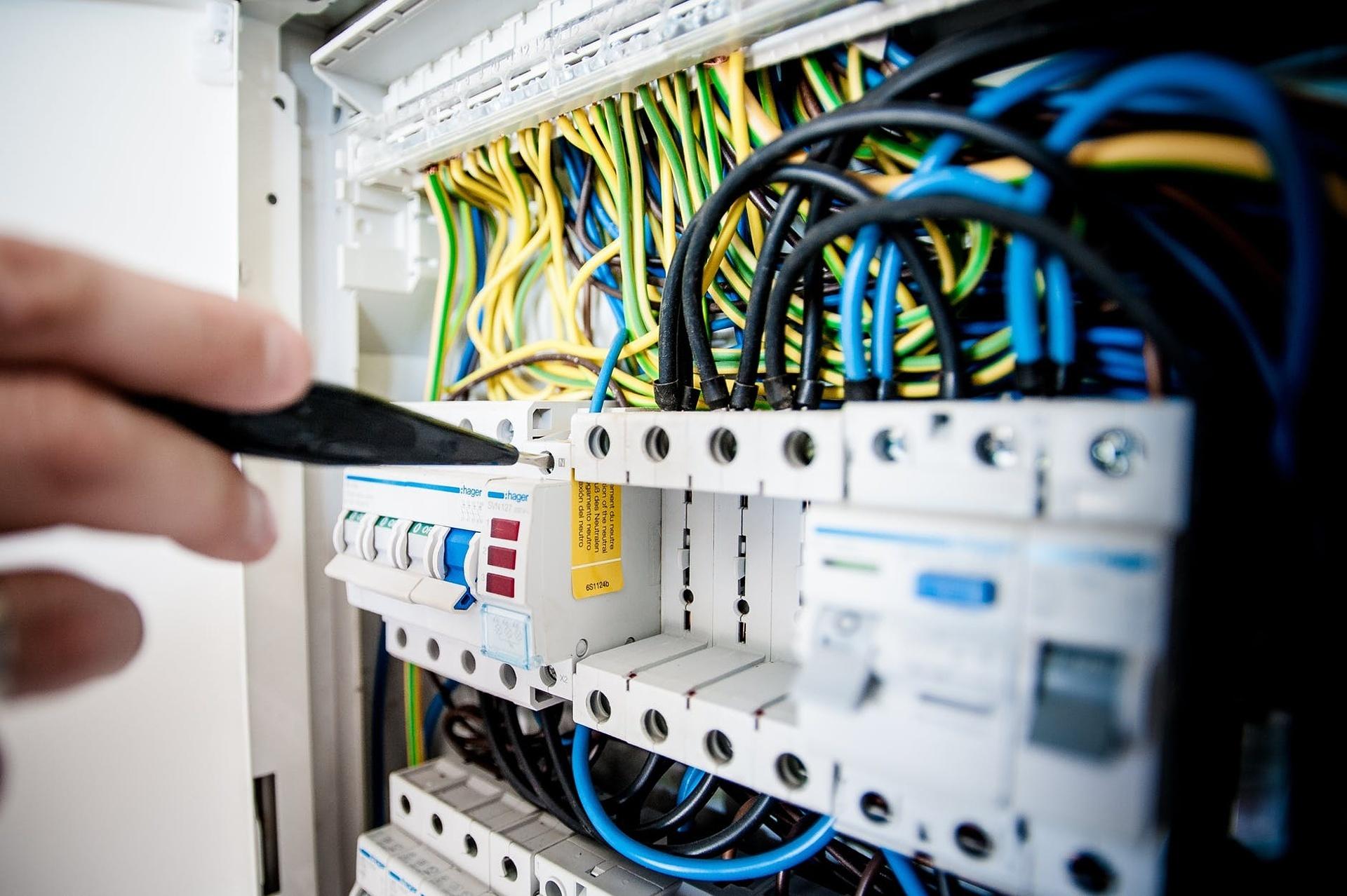 Rekvalifikace elektrikář