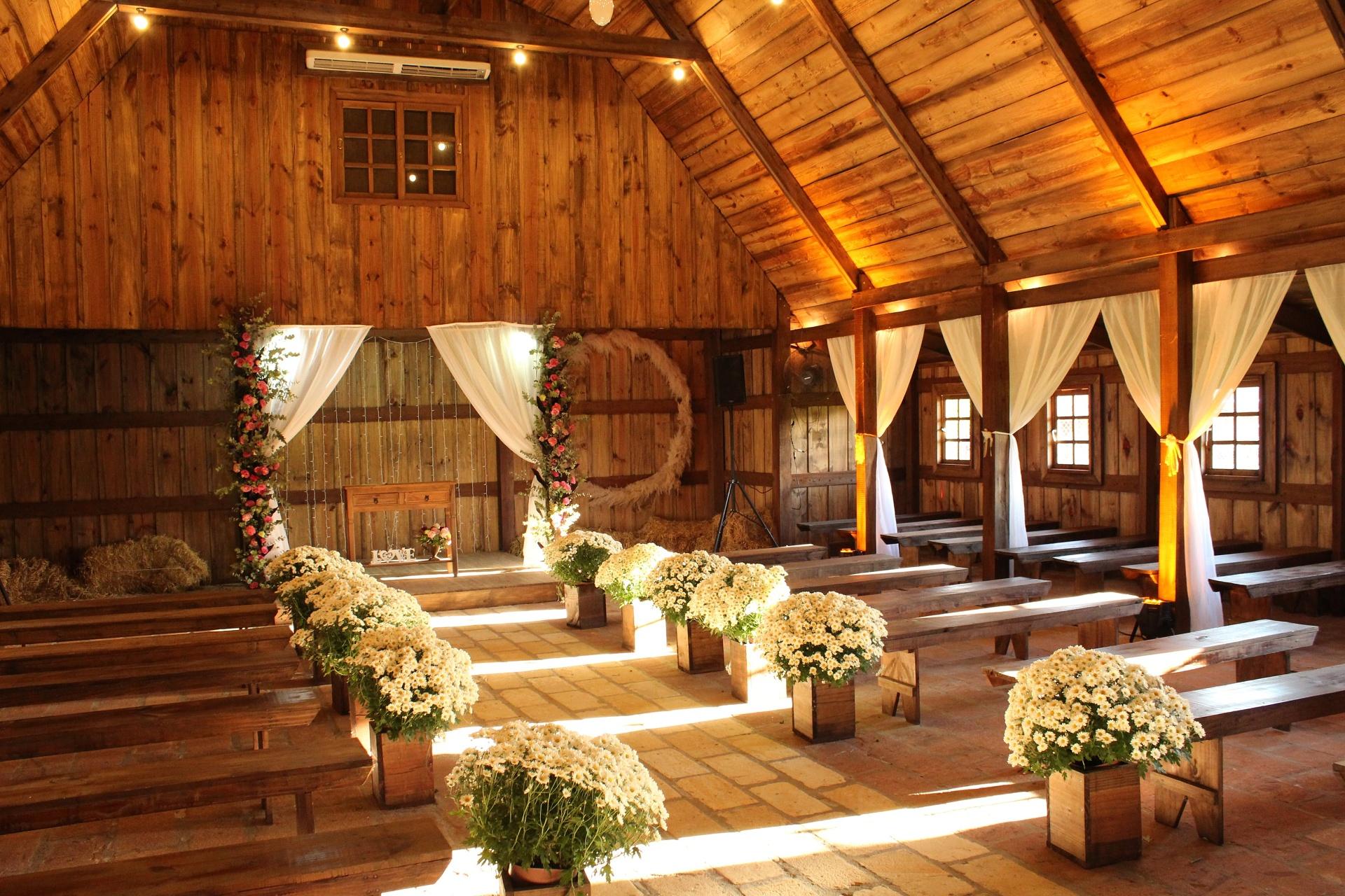 překážky v práci: volno na svatbu