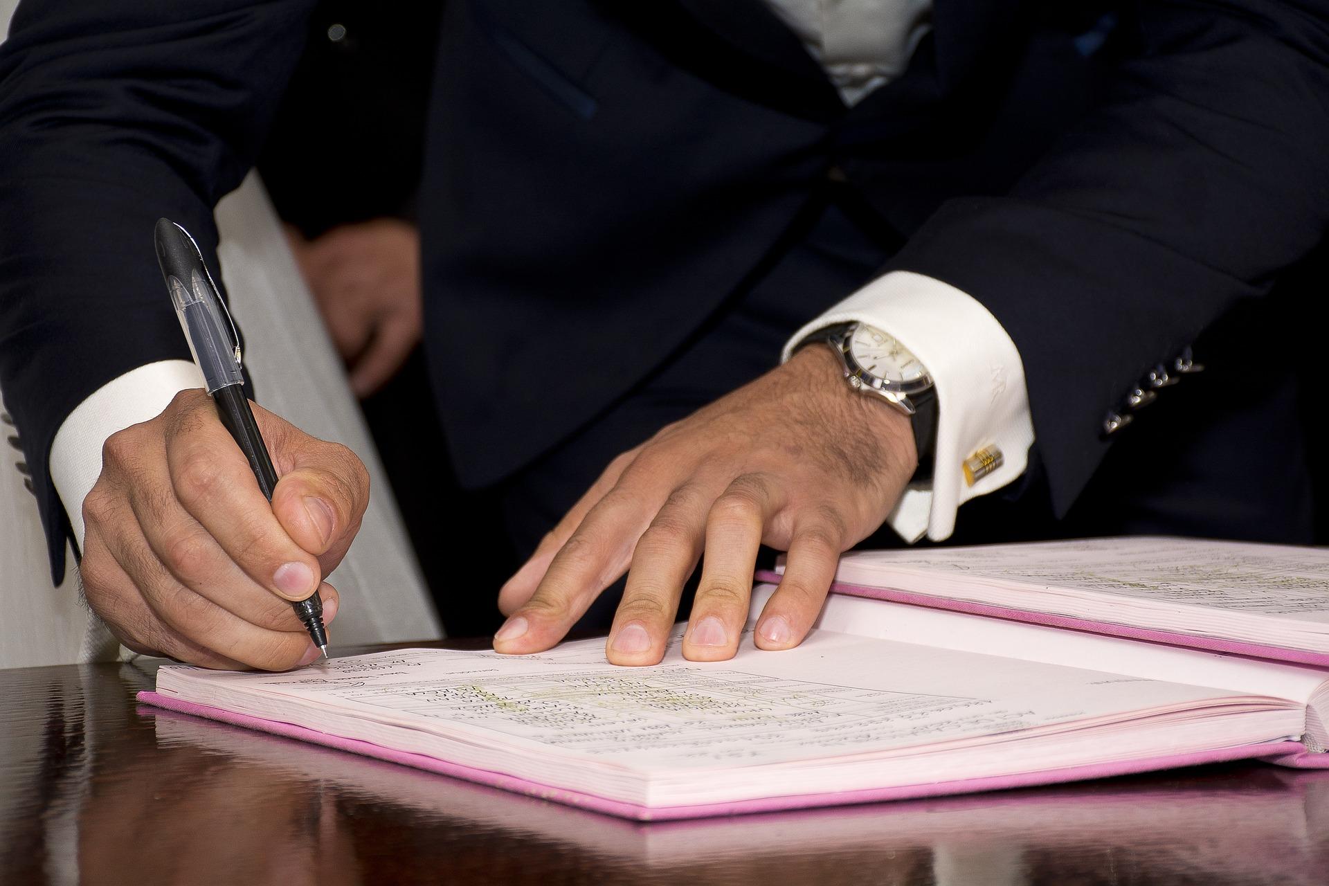 podpis smlouvy o dílo