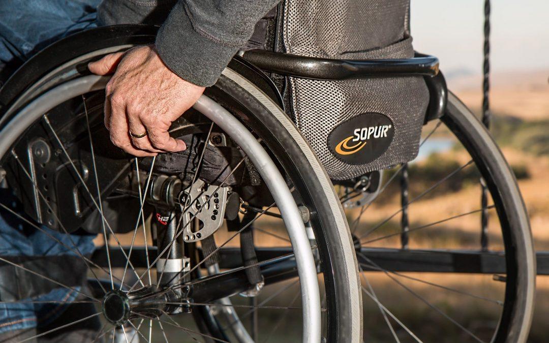 Invalidní důchod: Kdy vzniká nárok a kde o něj žádat