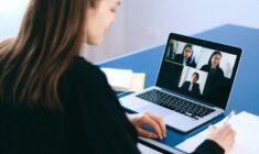 Virtuální asistentka: Co to je a kdy ji využít?