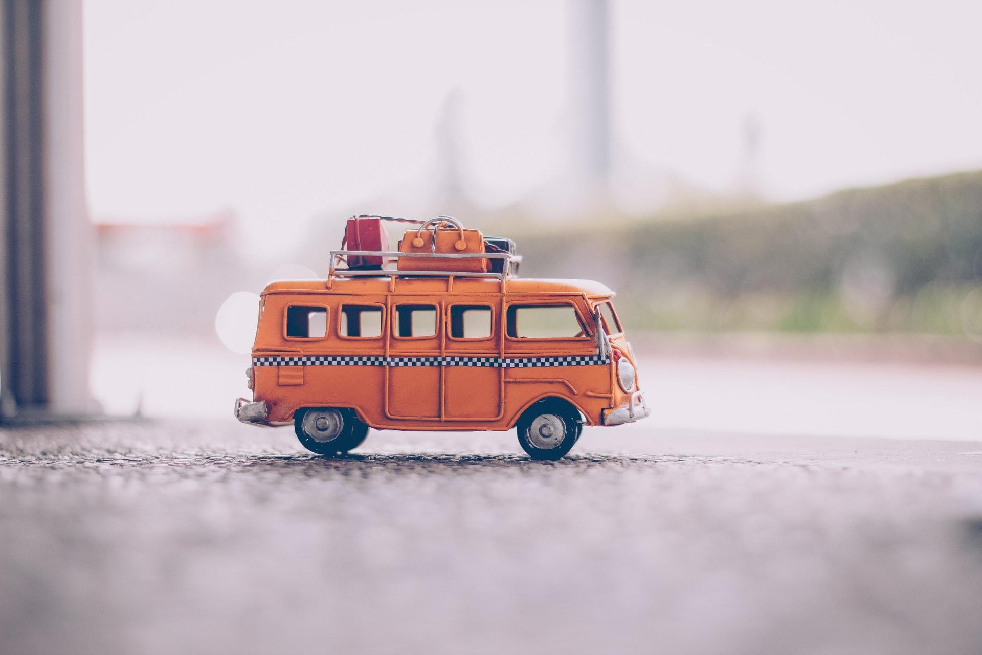 Příspěvek na dopravu: Kdo ho může získat a kde o něj žádat?
