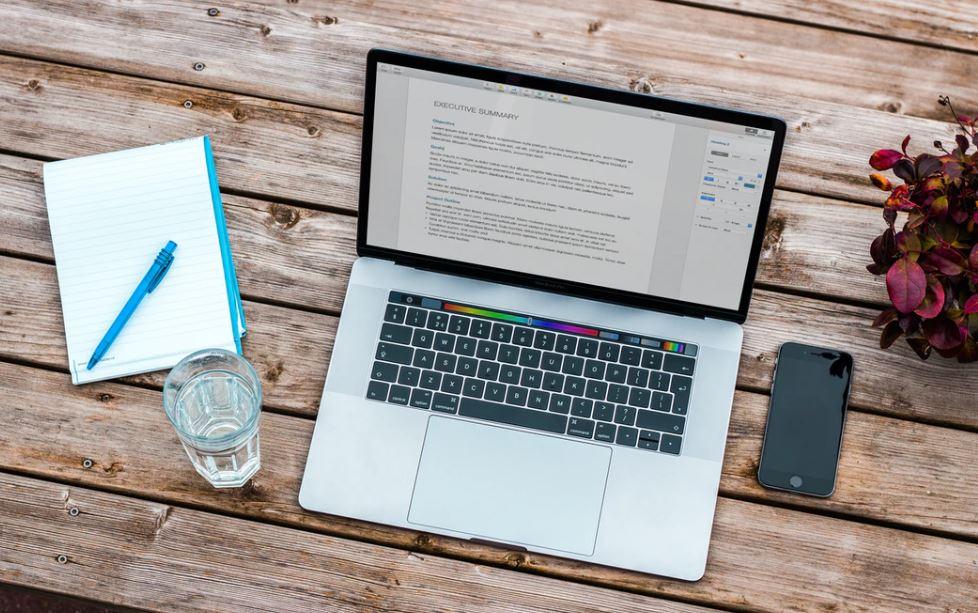 Kdo to je digitální nomád a jak se jím stát?