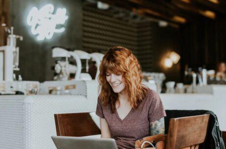 Práce online z cest