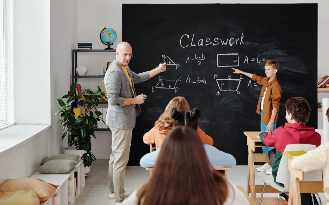 Jak se stát učitelem: Vše, co potřebujete vědět!