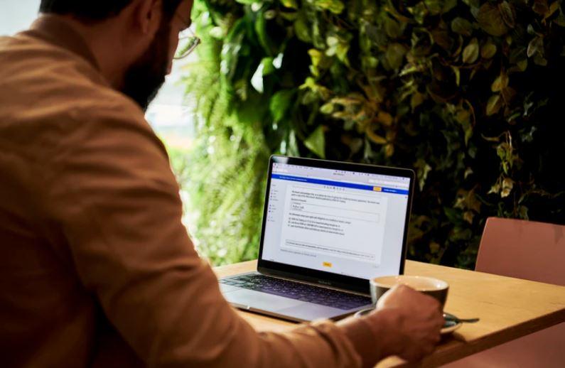 Rozdíly mezi motivačním dopisem, průvodním dopisem a životopisem