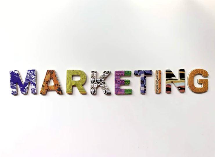 Jak se stát marketingovým specialistou: vzdělání, plat i náplň práce